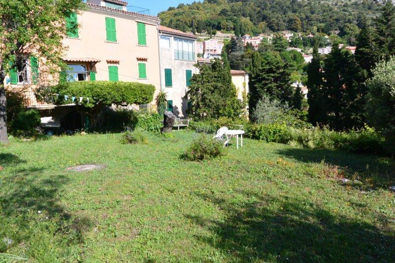Vente co exclusivite la turbie magnifique maison de for Jardin 150m2